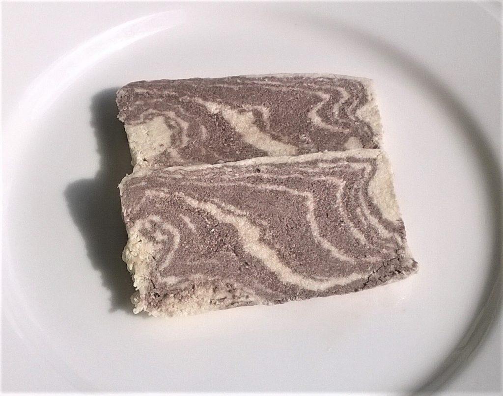 Handmade halva with cocoa by Kandylas