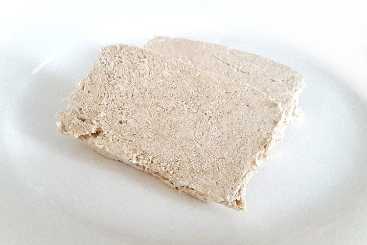 Two slices of Hand-made Whole Grain Halva by Kandylas